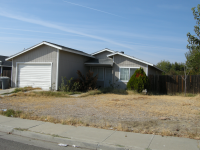 708 South Corcoran Avenue, Avenal, CA 93204