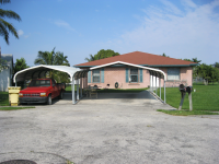 319 Seminole Court, Pahokee, FL 33476