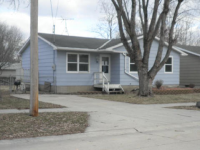 8 S. 19th St., Clear Lake, IA 50428