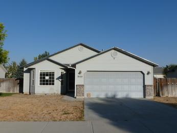 860 N Meadowsweet Avenue, Kuna, ID 83634