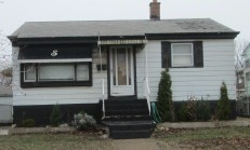 2728 Birch Ave, Whiting, IN 46394