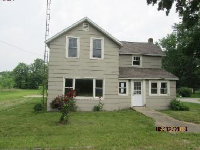 606 Arlington Ave, North Judson, IN 46366