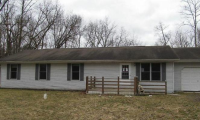 4056 E River Rd, Buchanan, MI 49107