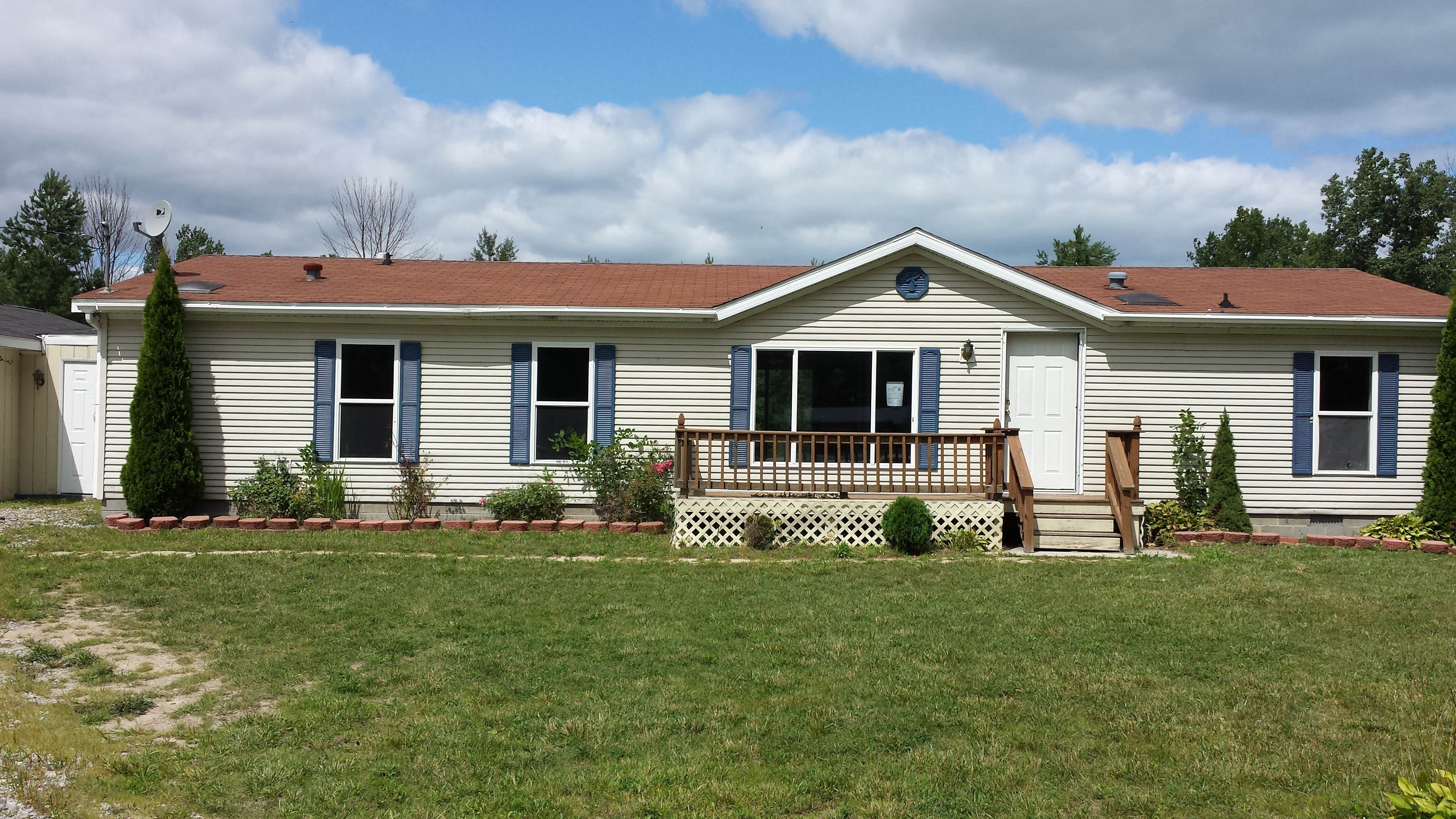 4076 Cole Road, Fort Gratiot, MI 48059