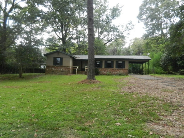 200 Grange Hall Rd, Vicksburg, MS 39180