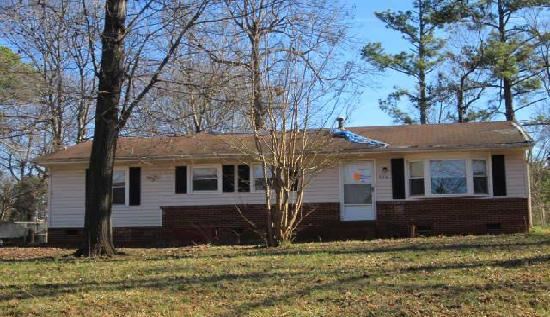 206 Tomberlin Drive, Mount Holly, NC 28120
