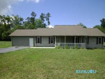 121 Blue House Rd, Hendersonville, NC 28792