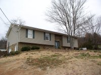 321 Golf View Dr, Rogersville, TN 37857