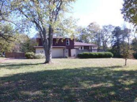 1051 S Brookside Dr, Gallatin, TN 37066