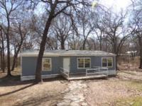 1217 Oakridge Rd, Azle, TX 76020