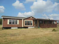 501 E Waverly Ave, Eagle Lake, TX 77434