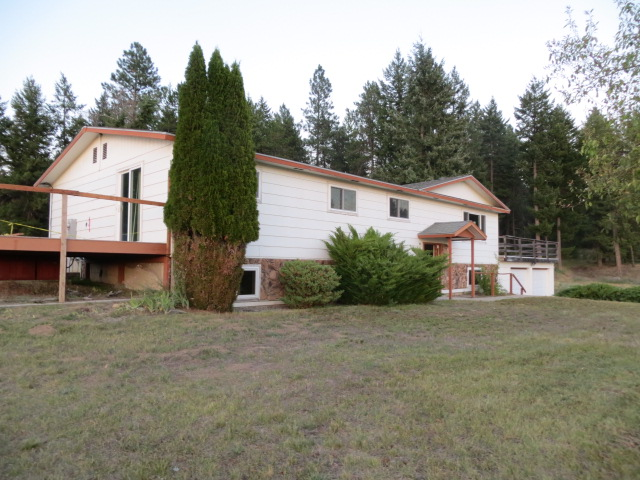 3940-c Garden Spot Road, Loon Lake, WA 99148