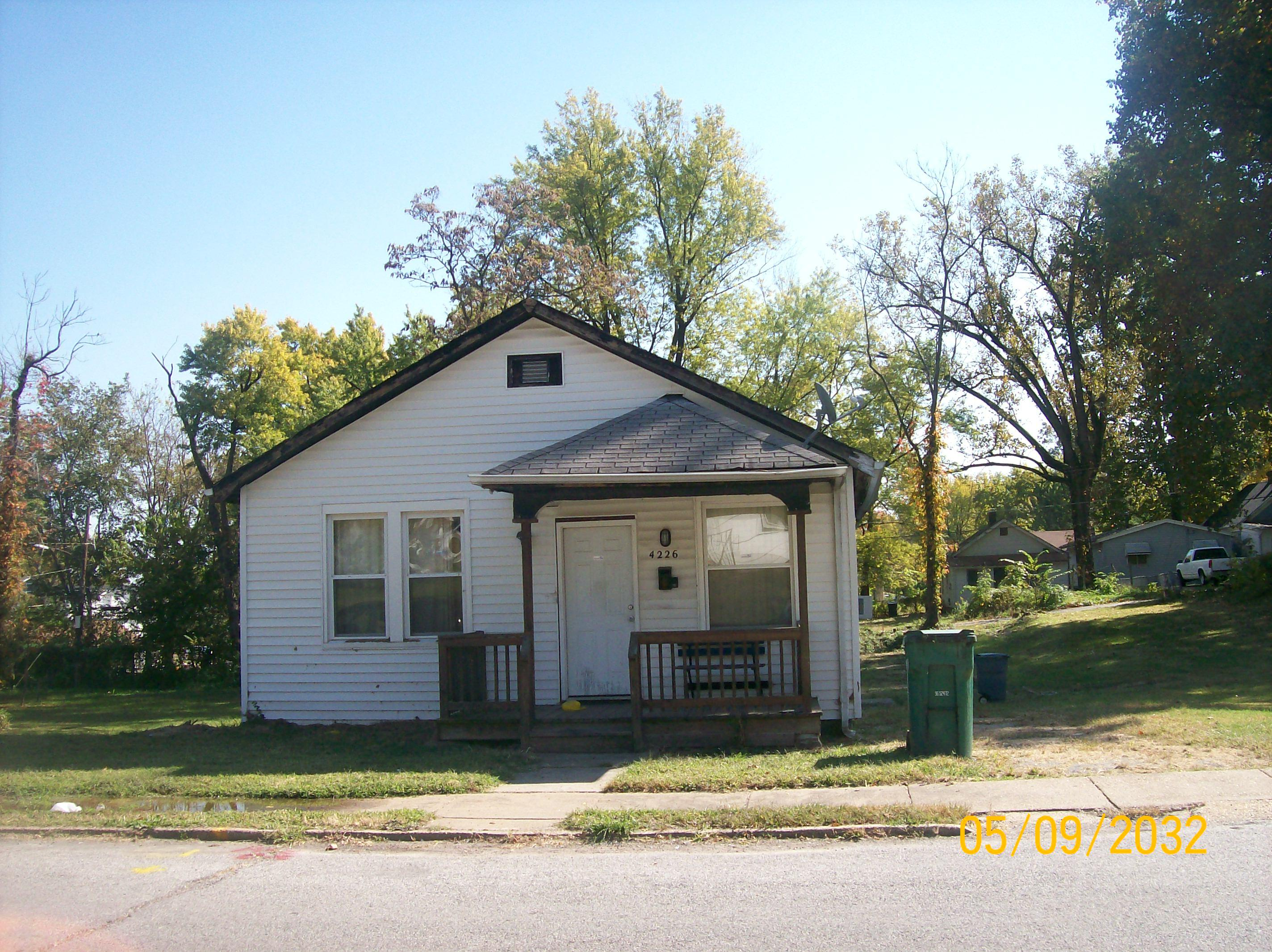 4226 ravenwood avenue saint louis mo 63121 foreclosed for Ravenwood homes