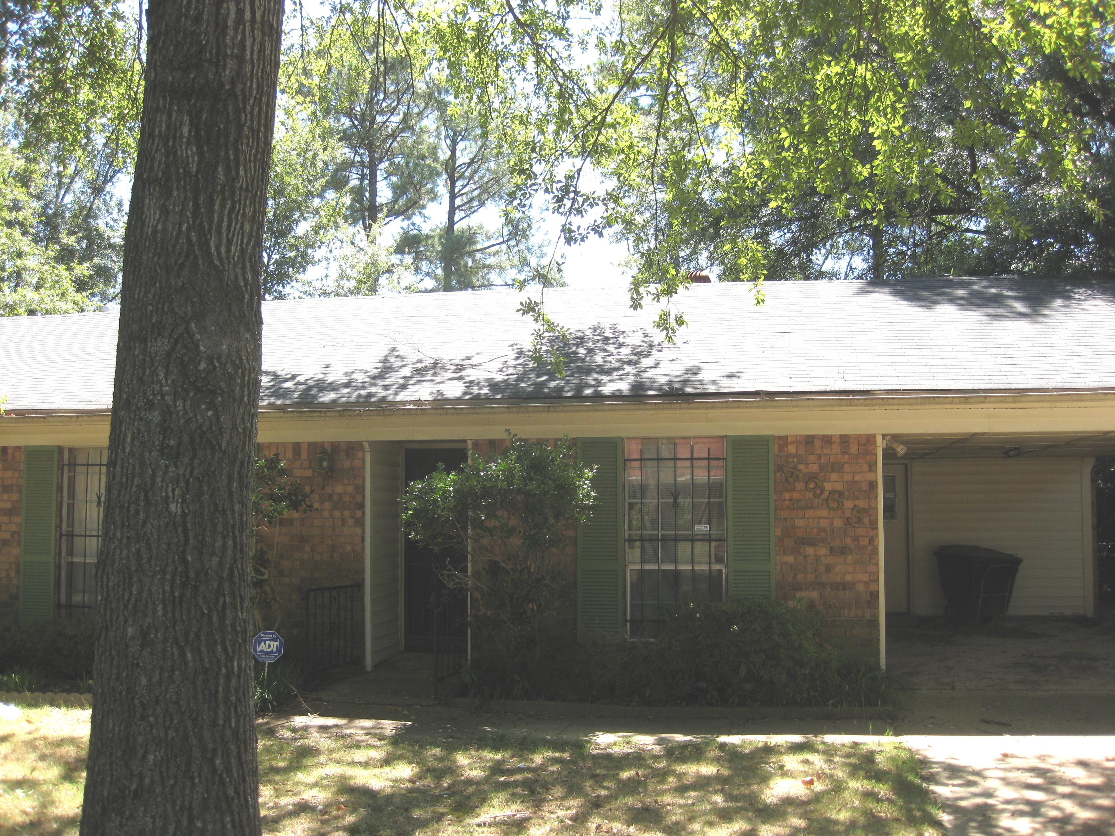 4965 wooddale avenue memphis tn 38118 foreclosed home